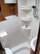 Location camping car charente maritime particulier campingcar for Cabine de douche avec wc et lavabo